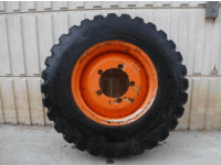 Attachments - Tires GOOD YEAR 440-80R28